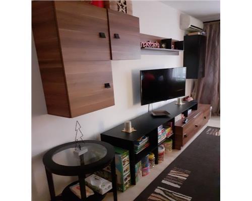 Apartament de 2 camere, zona Bucovinei