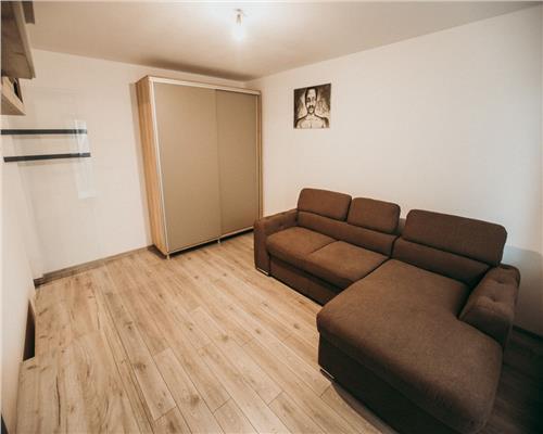 Apartament cu o camera, decomandat, in zona Tipografilor