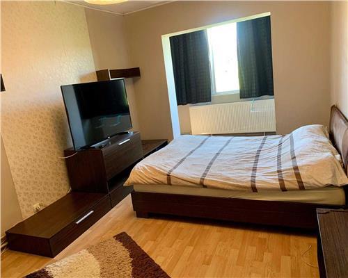 Apartament de 3 camere, decomandat, in Calea Lipovei