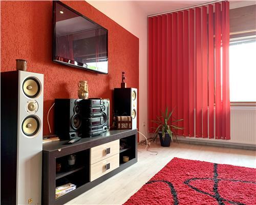 Apartament la casa, 3 camere, zona Iulius Mall