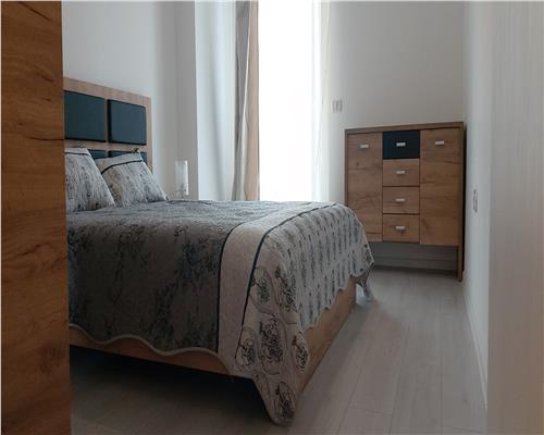 Apartament cu 2 camere, etaj 2