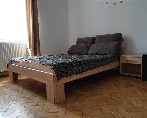 Apartament cu 2 camere zona Traian