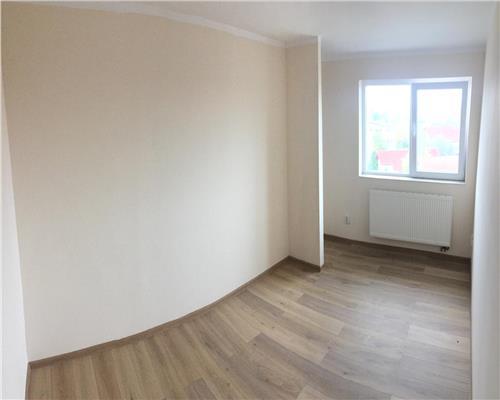 Apartament cu 3 camere, nemobilat, zona Sagului