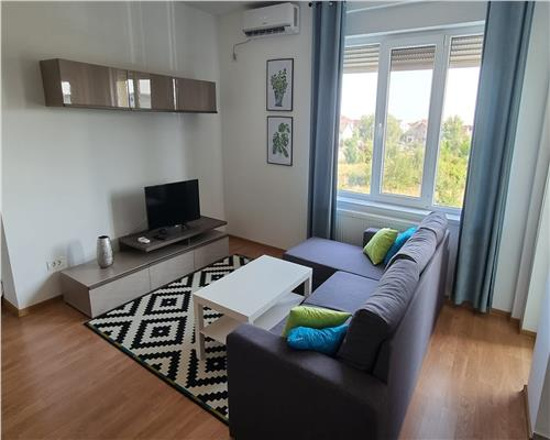 Apartament cu 2 camere, zona Girocului