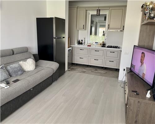 Apartament superb, 3 camere, complet mobilat, etajul 1, 2 locuri de parcare