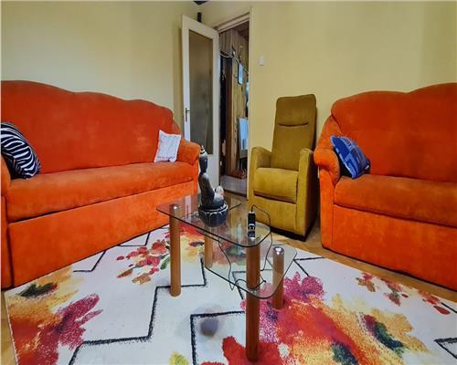 Apartament cu 4 camere,2 bai, 2 balcoane,  langa Vox