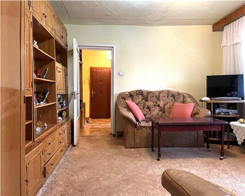 Apartament cu 2 camere, centrala termica, Dambovita