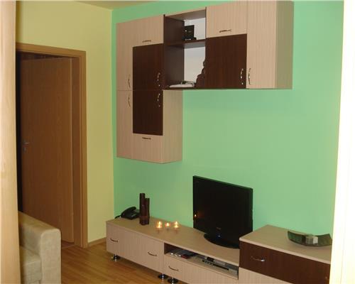 Apartament cu 3 camere, langa sensul de la AEM, clima, centrala proprie