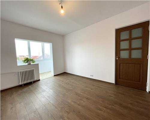 Apartament cu 2 camere, recent renovat, in zona Steaua