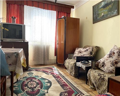 Apartament cu 2 camere, decomandat, Calea Sagului