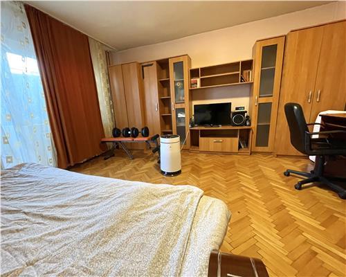 Apartament cu o camera, confort 1, zona Steaua