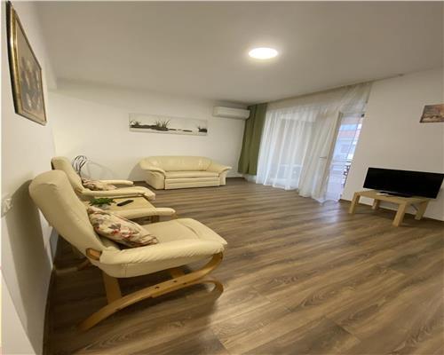 Apartament spatios cu 2 camere in zona Dumbravita