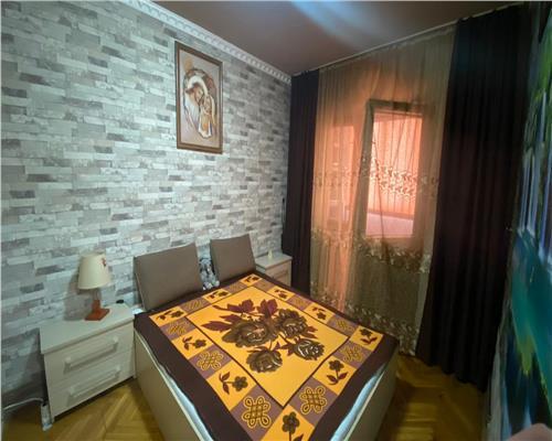 Apartament 3 camere , zona Șagului