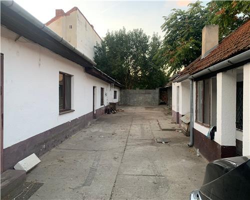 Casa nemobilata de inchiriat , zona Balcescu