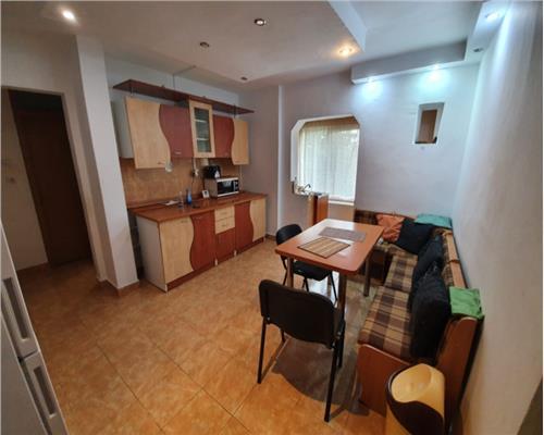Apartament decomandat cu 2 camere, Aradului