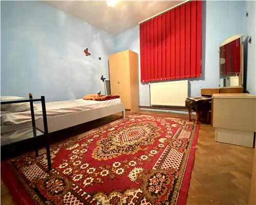 Apartament cu 3 camere, zona Baba Dochia, decomandat