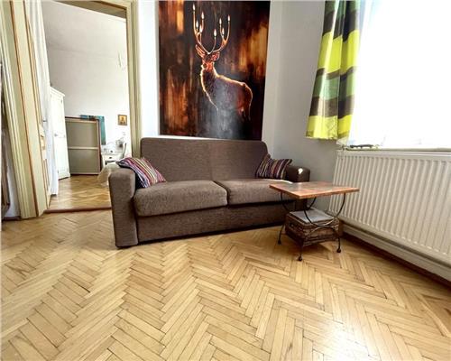 Apartament cu 2 camere la curte comuna in zona Iosefin