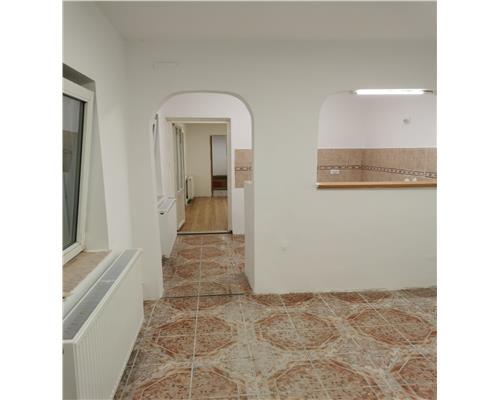 Spatiu birouri, zona Blascovici, 5 incaperi, 65 mp