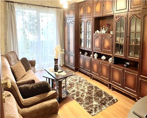Apartament cu 2 camere, zona Torontalului.