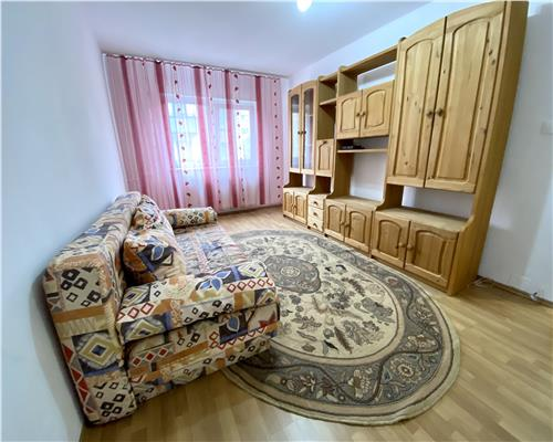 Apartament cu 2 camere, Aradului, decomandat.