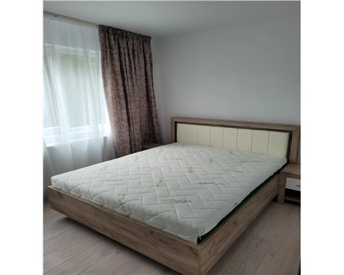 Apartament cu 2 camere lux, zona Medicina, decomandat