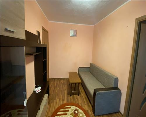 Apartament cu 2 camere , zona Dacia
