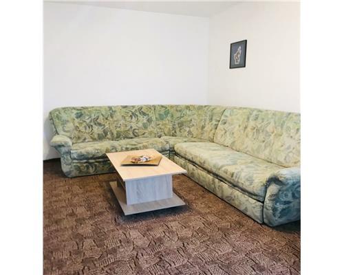 Apartament cu o camera ,Zona Piata Iuliu Maniu