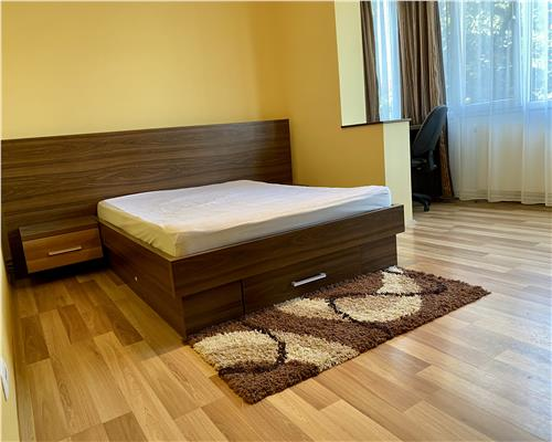 Apartament cu 2 camere zona Bucovina