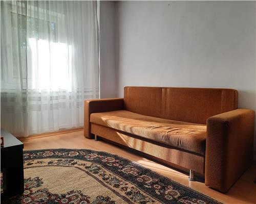 Apartament cu 3 camere ,Zona Sagului