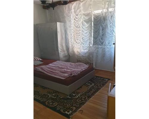 Apartament cu 2 camere , Zona Dambovita